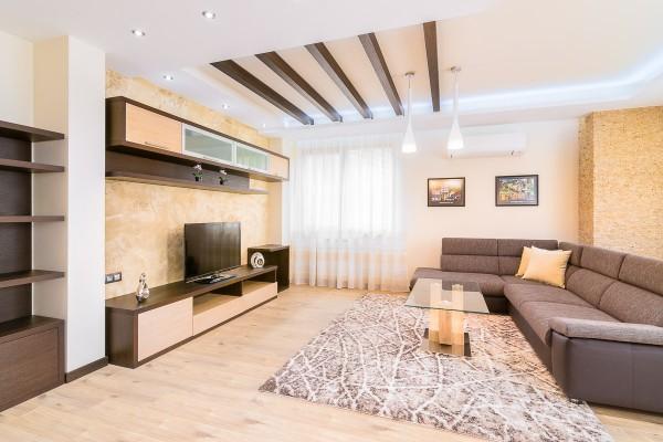 Интериор - жилищен апартамент.jpg